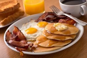 plate of breakfast foods